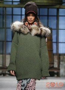 Меховой декор свитера зима 2019