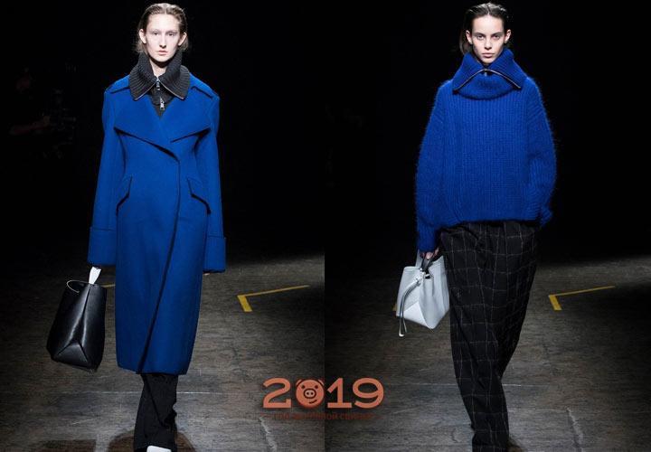 Стильный кобальтовый синий зима 2018-2019