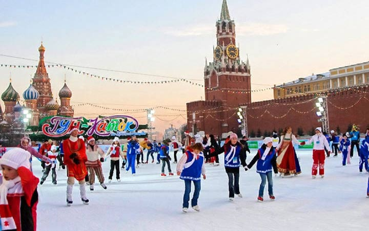 Каток ГУМ на Красной площади 2019