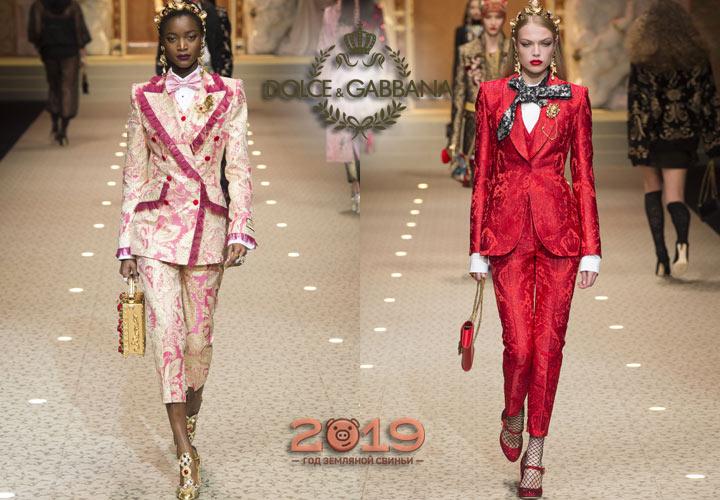 Яркие женские костюмы Dolce & Gabbana зима 2018-2019