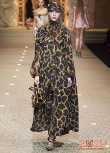 Принт жираф Dolce & Gabbana зима 2018-2019