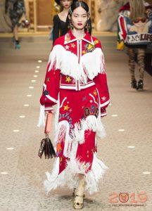 Dolce ve Gabbana kış 2018-2019 görüntüleri Fringe