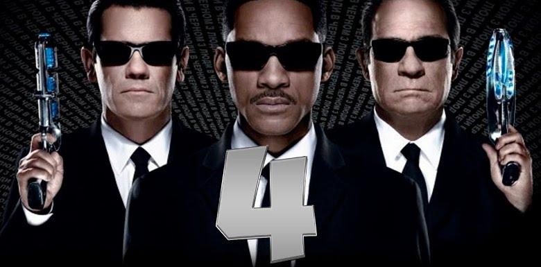людив черном 4 - постер