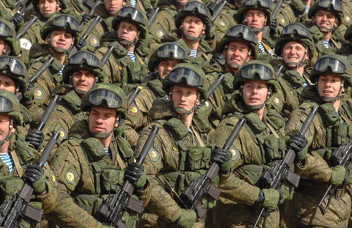 Военнослужащие РФ на параде