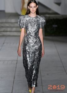 Блестящее платье для Нового 2019 года
