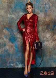 Красное блестящее платье на Новый 2019 год