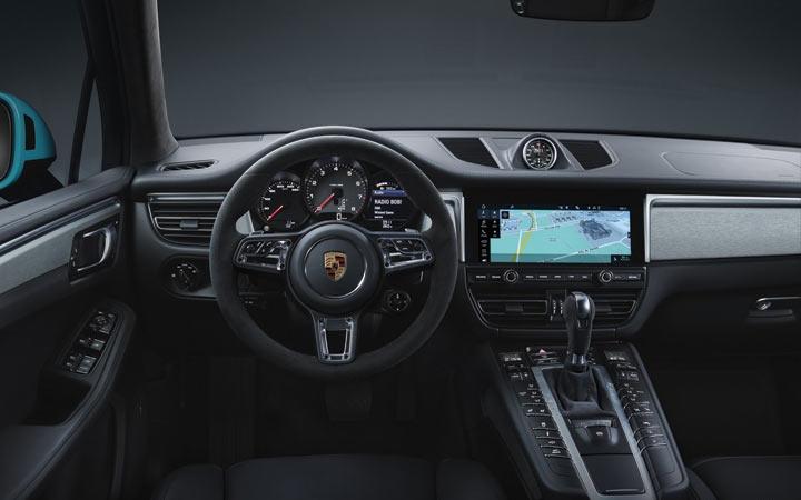 Интерьер Porsche Macan 2019