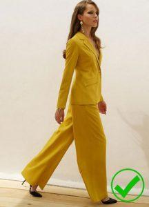 Модный женский костюм 2019 года