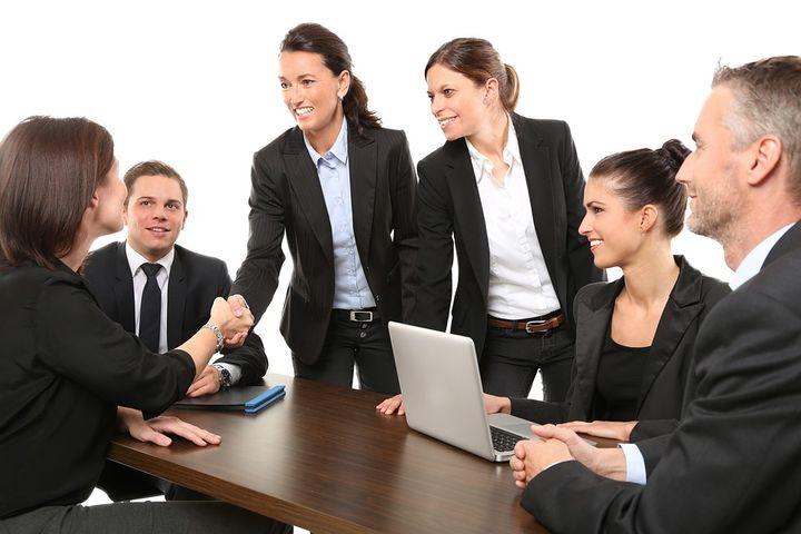 Предприниматели на переговорах