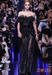 Dress with feathers Ellie Saab autumn-winter 2018-2019