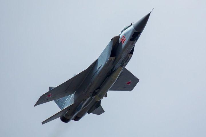 Гиперзвуковой авиационно-ракетный комплекс воздух-воздух «Кинжал»