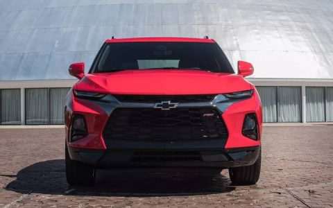 Передний бампер обновленного Chevrolet Blazer 2019