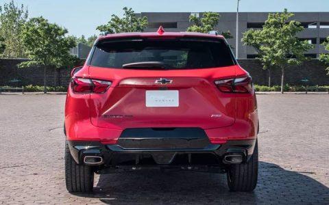 Задний бампер обновленного Chevrolet Blazer 2019