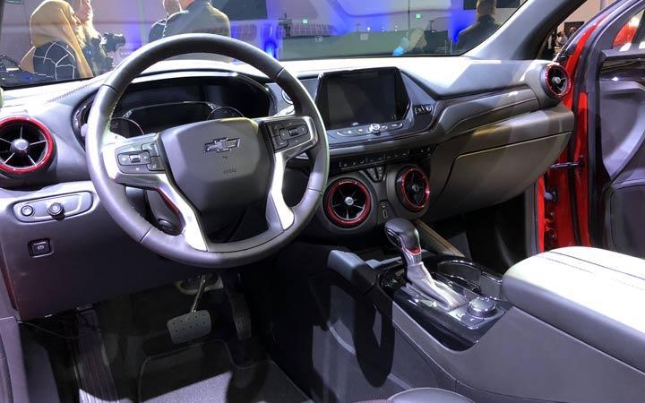 Интерьер нового Chevrolet Blazer 2019 года