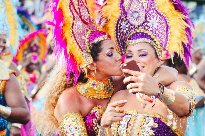 Частницы карнавала в Бразилии