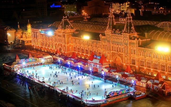 Ледовый каток ГУМ на Красной площади