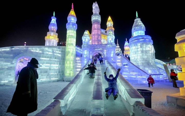 Зимние развлечения на Поклонной горе