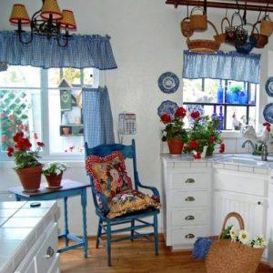 Шторы для кухни к кантри стиле