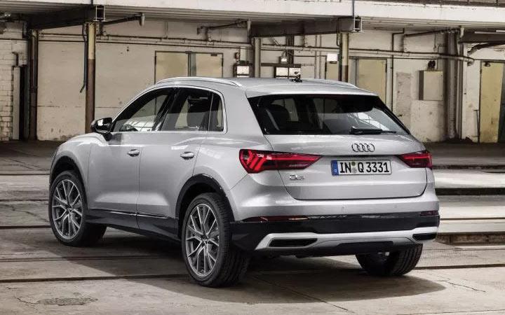 Новый кроссовер Audi Q3 2019