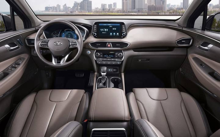 Интерьер Hyundai Elantra 2019