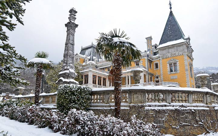 Воронцовский дворец Крым зима