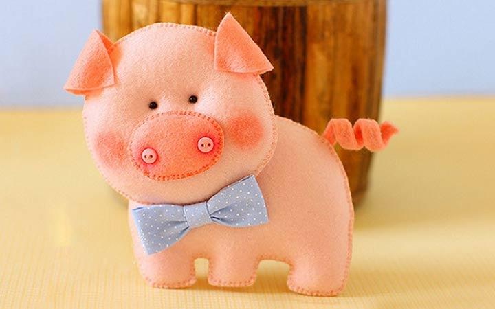 Новогодняя свинка своими руками