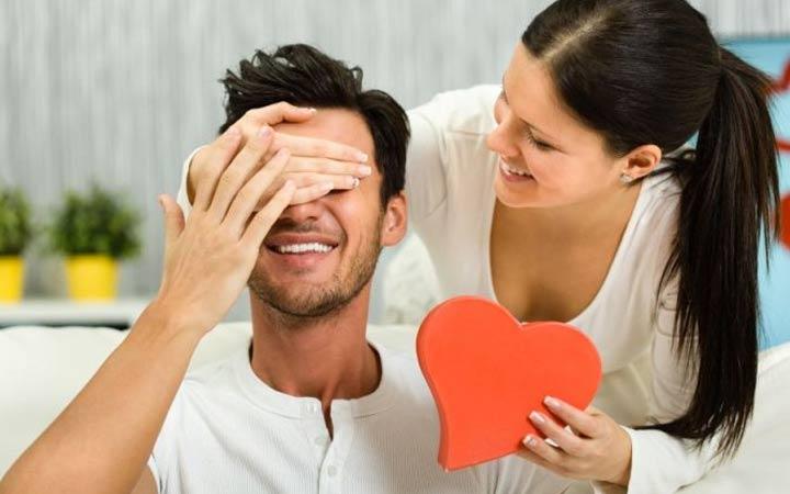 Подарки для мужа или парня на 14 февраля