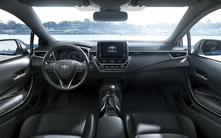 Интерьер Toyota Corolla Cross 2019