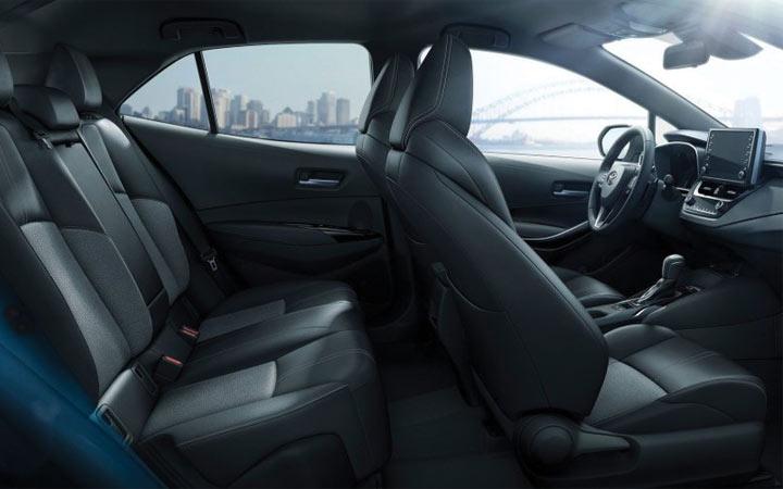 Салон Toyota Corolla Cross 2019