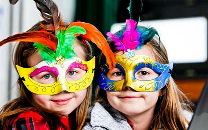 Как сделать маски на 2019 год своими руками