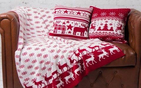 Подушки с новогодним декором