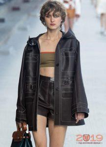 Модные кожаные шорты 2019 года