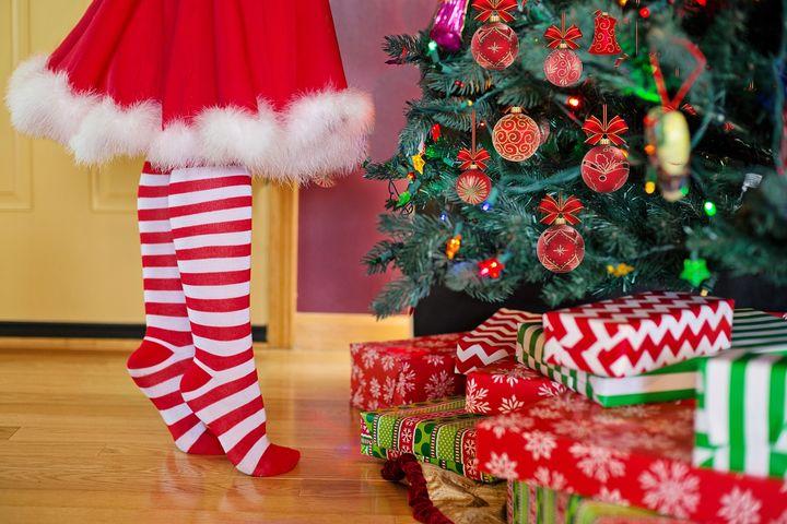 Украшение елки на Рождество