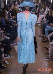 Кружевное платье 2019 года