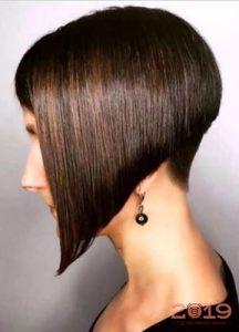 Ультрамодный боб на темные волосы мода 2019 года