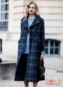Пальто в клетку модный тернд 2019 года