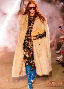 модный меховой кейп весна 2019