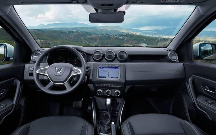 Интерьер Renault Duster 2019 года