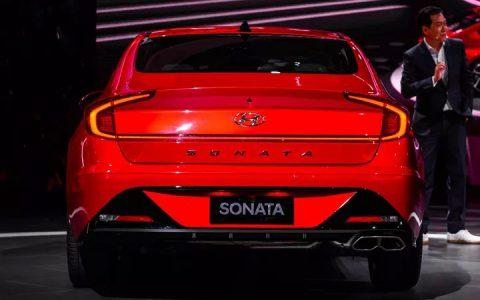 Задние фонари Hyundai Sonata 2019 года