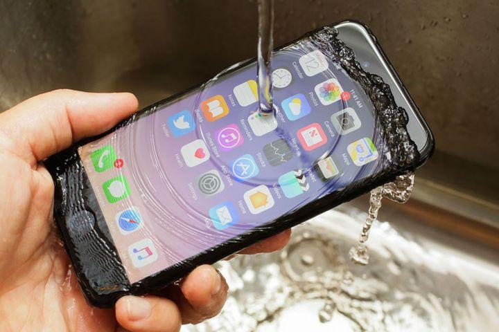 """Какой лучше купить iPhone в 2019 году"""""""