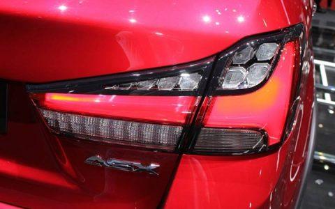 Задние фонари Mitsubishi ASX 2019