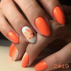 Модный дизайн ногтей 2019 в ярких тонах
