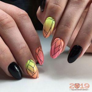 Геометрический дизайн ногтей 2019 года