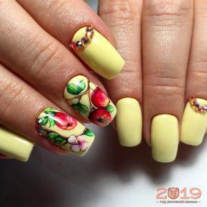 Модный дизайн ногтей 2019 яблоки