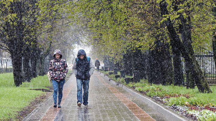 Дождь и град в Москве