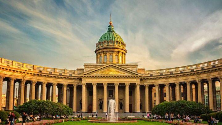 Май в Петербурге
