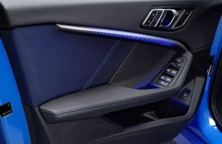 Подсветка в новом BMW X1 2019