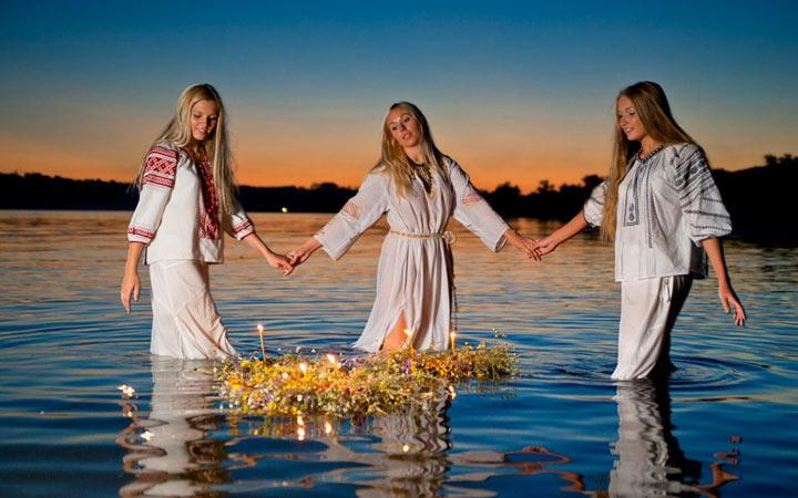 Традиции на Духов день, дата праздника в 2022 году
