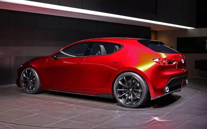 Новая Mazda 3 2018-2019