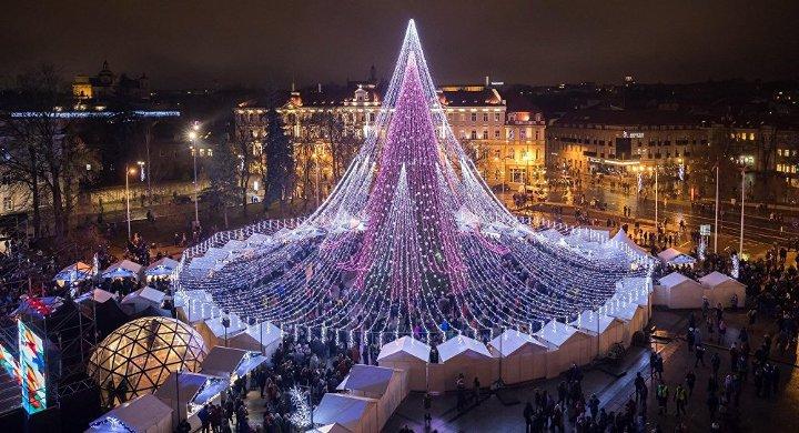 новогодние декорации в Вильнюсе